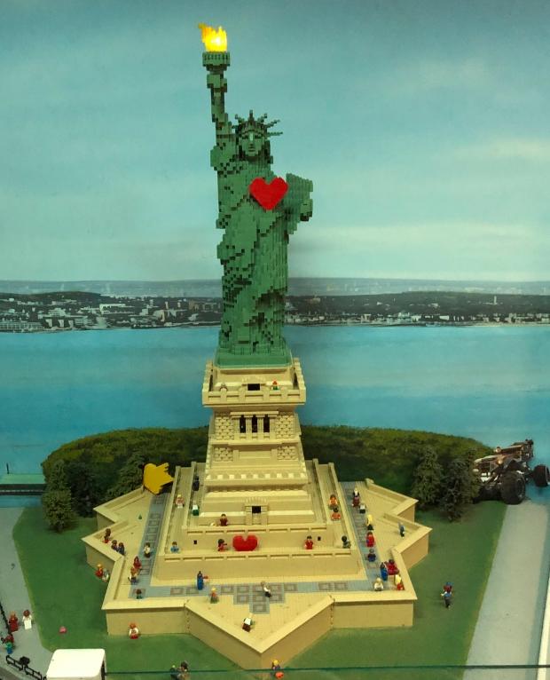 Estátua da Liberdade no Legoland Discovery Center de Yonkers