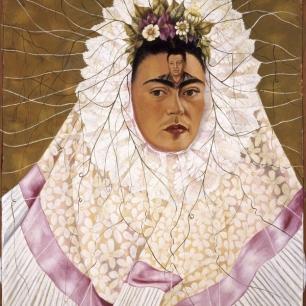 2019_Frida_Kahlo_Appearances_Can_Be_Deceiving_0141GELMAN_D.1_BM_1602w_600_749